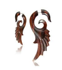 Fake horn earring wooden Wing