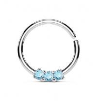 Кольцо разжимное с тремя голубыми кристаллами толщина 1.2 мм. диаметр 10 мм.