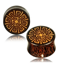 Wooden plug Celtic pattern